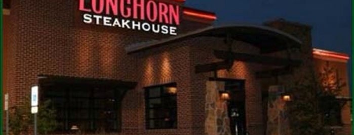 LongHorn Steakhouse is one of Posti che sono piaciuti a Sergio M. 🇲🇽🇧🇷🇱🇷.