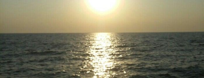 Пляж Ланжерон is one of TOP-20: Одеса.