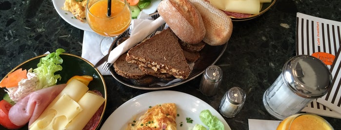 Café Karin is one of Orte, die Julia gefallen.