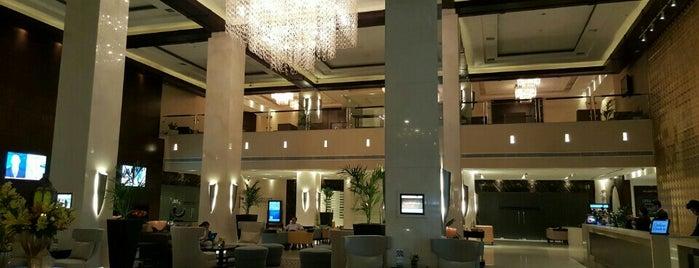 Media Rotana Hotel is one of Locais curtidos por Arwa.
