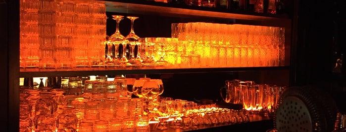Sankt Pauli Bar is one of Fabryさんのお気に入りスポット.