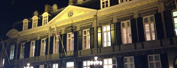 Theater aan het Vrijthof is one of Lieux qui ont plu à Catherine.