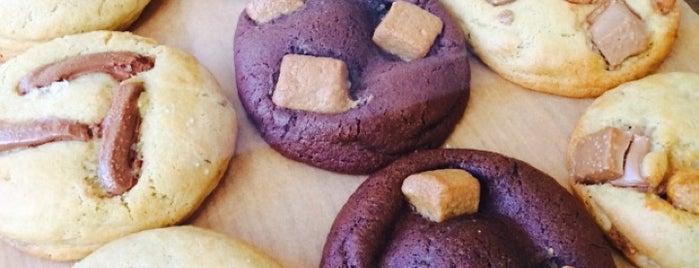 Scoop Me a Cookie is one of Paris17 : Villiers - Batignolles - Epinettes.