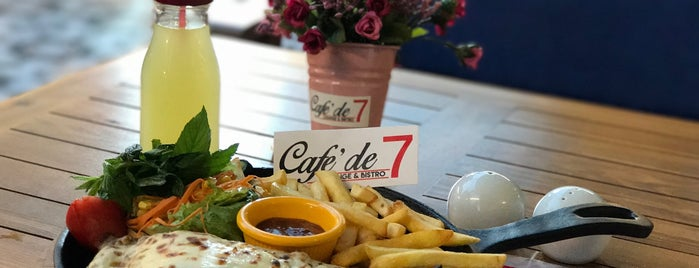 Cafe'De 7 Lounge&Bistro is one of Ankara Restoran.