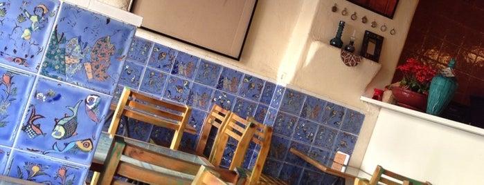 Ferdowsi Café | کافه فردوسی is one of کافه های خوب شیراز /Shiraz Best Cafe'.