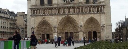 """Crypte Archéologique du Parvis Notre-Dame is one of Le parcours """"Pass Jeunes""""."""