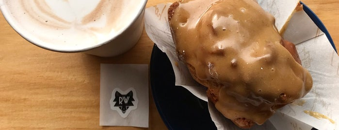 Rose Wolf Coffee is one of Alexandraさんのお気に入りスポット.