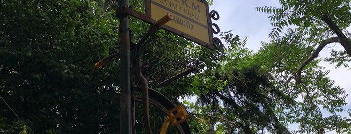 Nazım Hikmet Kültür Merkezi is one of Tempat yang Disukai Serpil.