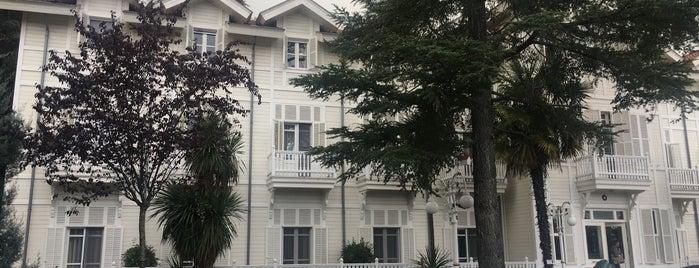 Limak Thermal Boutique Hotel is one of Tempat yang Disukai Serpil.