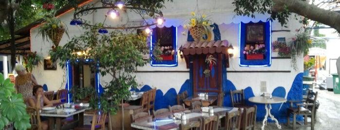 Gulten Abla is one of Lugares favoritos de Özge.
