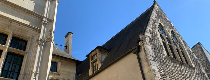 Musée-Hôtel Le Vergeur is one of Reims.