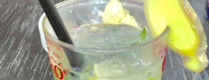 Sandia Tropical Pub is one of Locali.