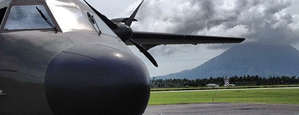 Pangkalan Udara TNI AU Ranai, Natuna is one of Locais curtidos por yuki ♥.