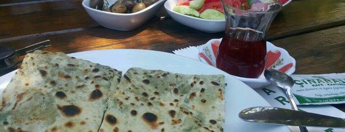 Çınaraltı Kahvaltı is one of Baharın tadına demli bir çayla varın.