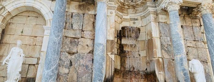 Sagalassos Antoninler Çeşmesi is one of Lugares favoritos de Fatih.