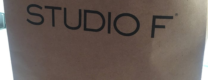 Studio F is one of Mayte 님이 좋아한 장소.