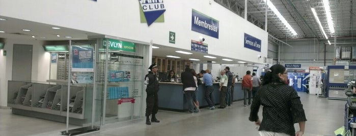 Sam's Club is one of Elain Michelleさんのお気に入りスポット.