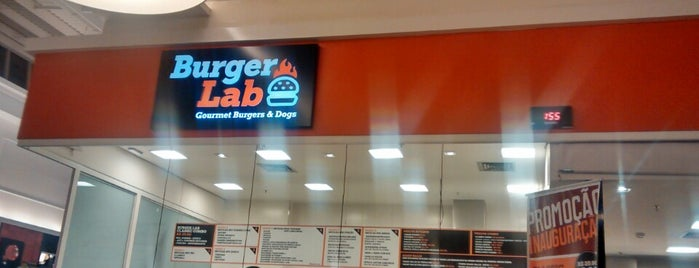 Burger Lab is one of Locais curtidos por Pati.