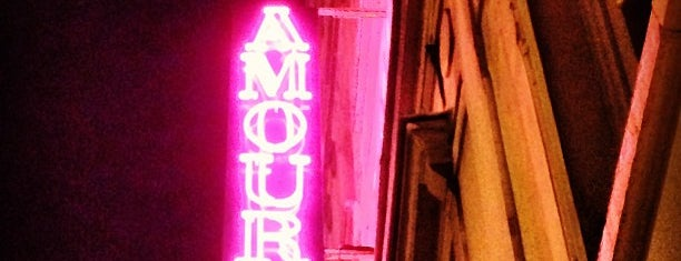 Hôtel Amour is one of Cafés et bars.