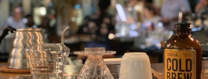 Chye Seng Huat Hardware Coffee Bar is one of Posti che sono piaciuti a Roberto.