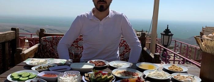 Beyzade Konağı Kahvaltı & Cafe is one of Gaziantep-Urfa-Mardin.