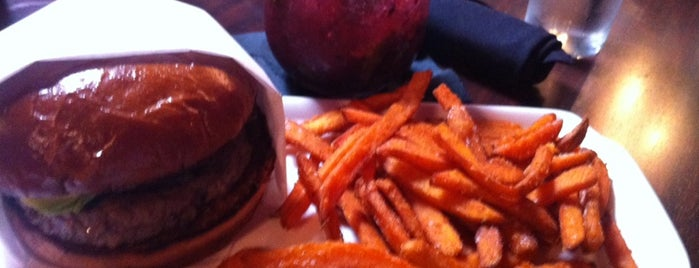 25 Degrees is one of Chicago: Favorite Burgers.