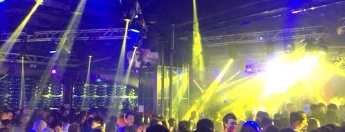 faceclub is one of Locais salvos de Mỡĥħmmèð.