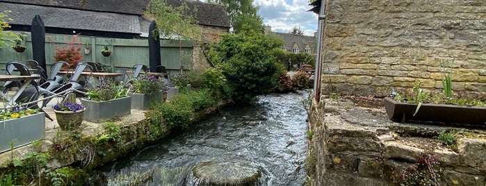 Bakery on the Water is one of The Cotswolds.