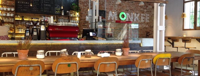 Monkee Koffee is one of Para desayunar en Madrid.