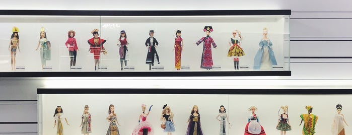 Barbie Expo is one of **Montréal**.