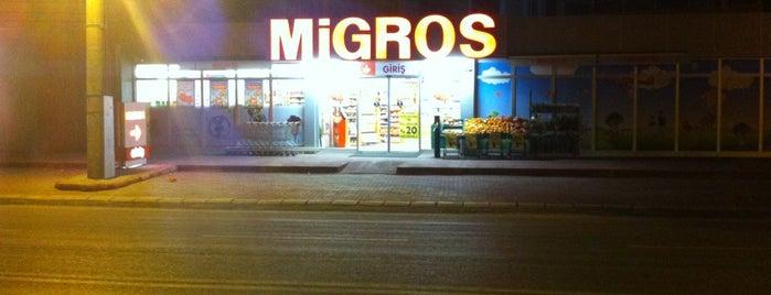 Migros is one of Tempat yang Disukai Yalçın.