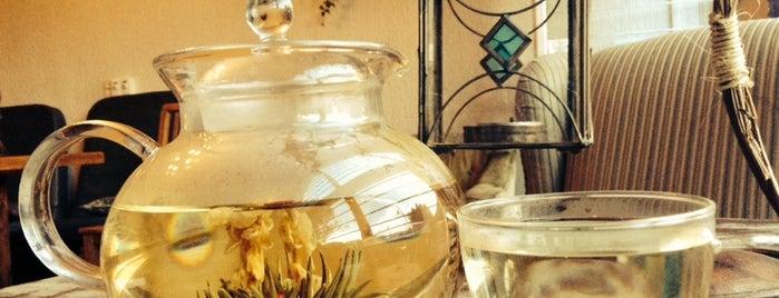 Serendipity Tea Room is one of สถานที่ที่บันทึกไว้ของ Ricardo.