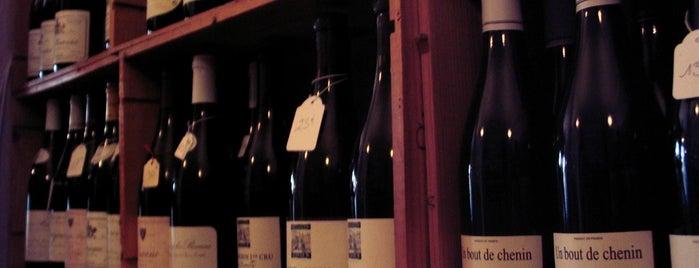 Edgewater Wine & Spirits is one of Posti che sono piaciuti a Bryce.
