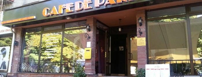 Cafe de Paris is one of Orte, die Alima gefallen.