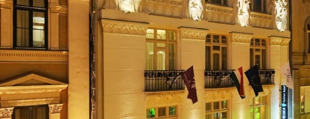 La Prima Fashion Hotel Budapest is one of B.