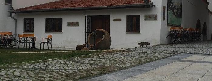 Seramik Müzesi (Eski Er Hamamı) is one of Çanakkale.