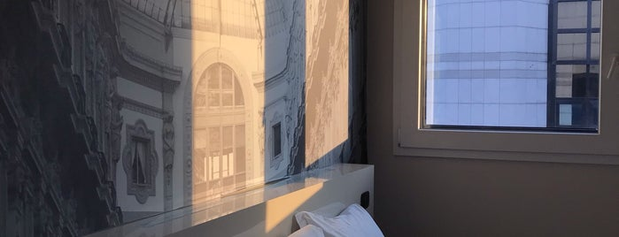 B&B Hotel Milano Cenisio-Garibaldi is one of Milano.