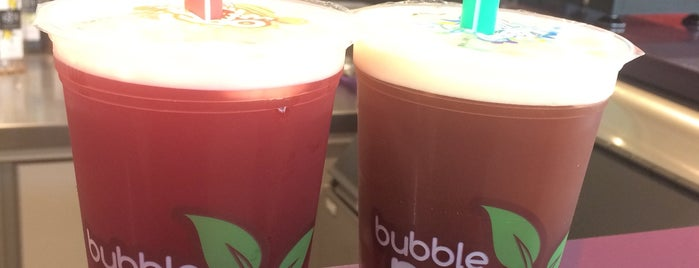 Bubble Mix Tea is one of Lanches.