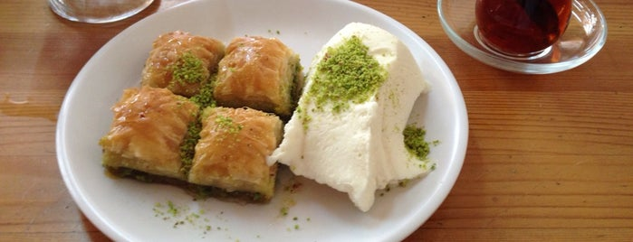 Baklavaci Dedeoglu is one of Urfa.