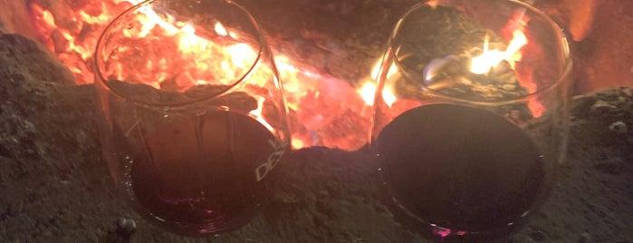 Vino Dessera Vineyards is one of Otel.