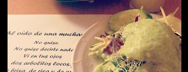 Los Vegetarianos is one of comida :D.