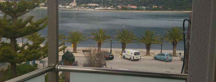 Mouikis Hotel & Villas is one of Giorgos : понравившиеся места.