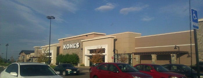 Kohl's is one of สถานที่ที่ Rayna ถูกใจ.