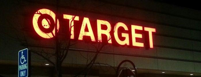 Target is one of Locais curtidos por Stephanie.