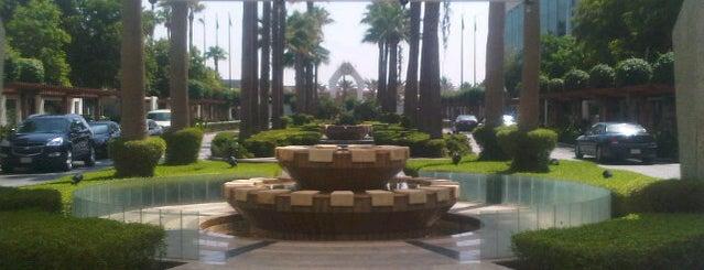 Sheraton Jeddah Hotel is one of Sevgin 님이 좋아한 장소.