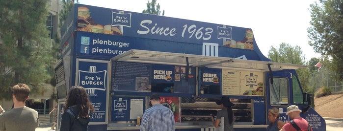 Pie 'n Burger Truck is one of Los Ángeles.