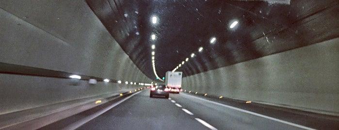 IT / Tunnels / A1var La Quercia - Aglio