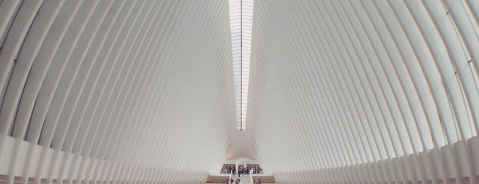 Westfield World Trade Center is one of Lugares favoritos de Mei.