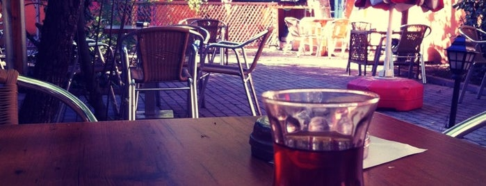 Elma Cafe is one of Hayri : понравившиеся места.