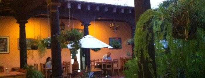 Fernando's Kaffee is one of Lugares favoritos de 'Ale.